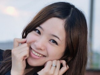 Japanese woman smiling 1